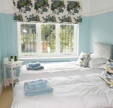 14-bedroom-luxury-suite-double-beds