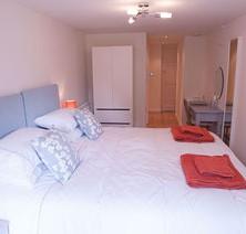 21-bedroom-garden-room-2